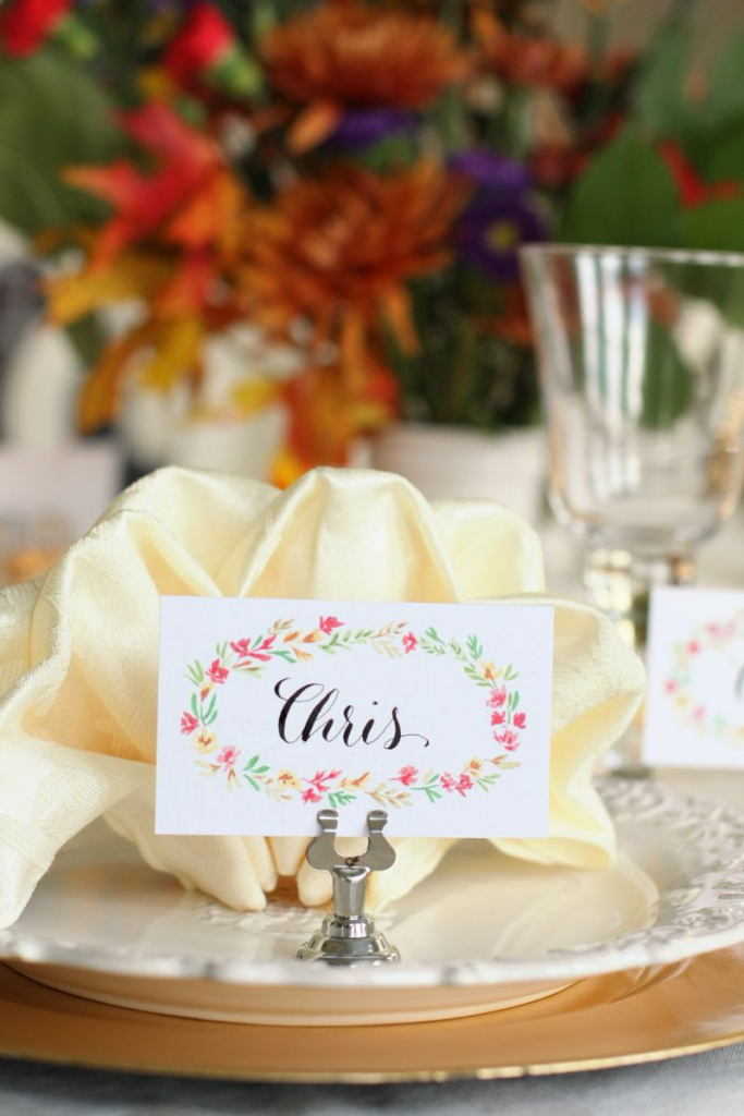 Free Printable Thanksgiving Place Cards | Watercolor Florals | Free Printable Thanksgiving Place Cards